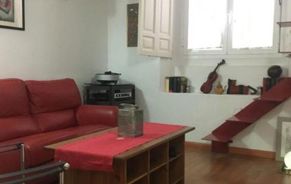 Apartamento peculiar calle Ave María